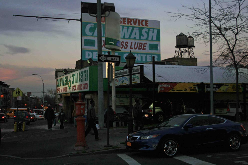 Rush hour Eastern Parkway Brooklyn 994