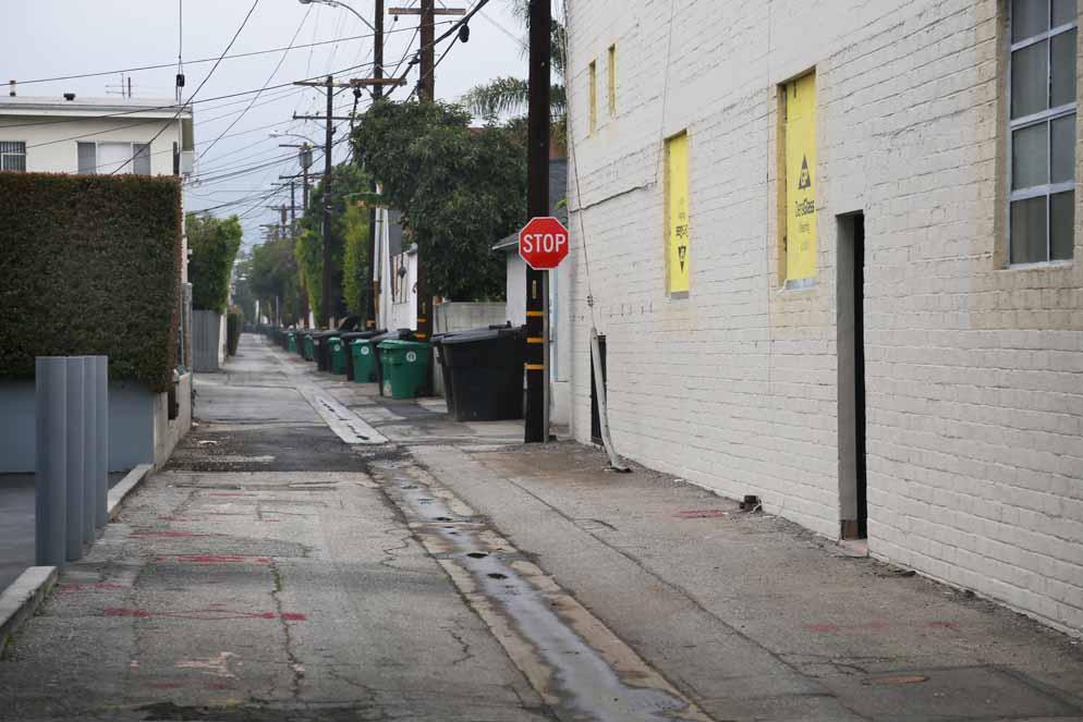 B Hills alley