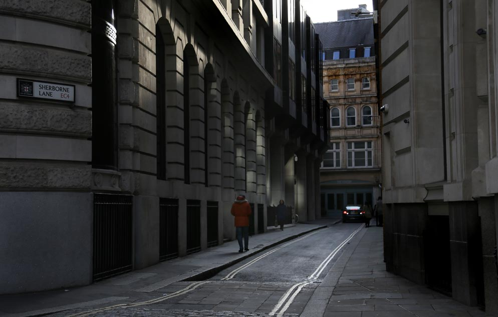 london-alleya